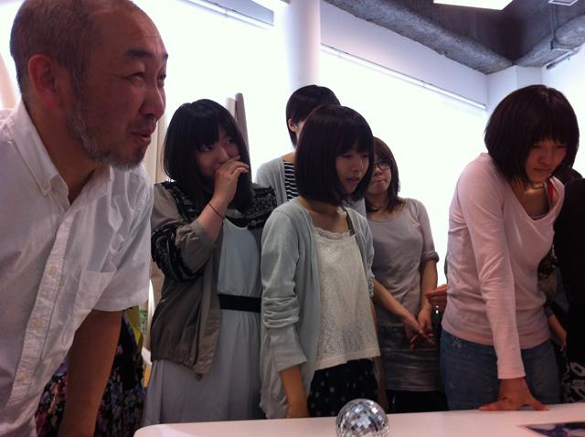 左:近藤昌美先生